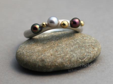 """Ring """"Kügelchen 1"""" Silber, Gold und Perlen, verkauft"""