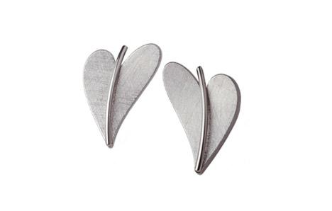 Ohrringe für Frauen - Ernstes Design Ohrstecker, Herz  - Onlineshop Goettgen