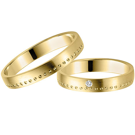 LOVE by Goettgen Trauringe Paar, Gelb 333 Gold, Eheringe, bei Damenring inkl. 1 Brillant   Schmuck > Ringe > Trauringe   Gold - Weiß   Si   LOVE by Goettgen